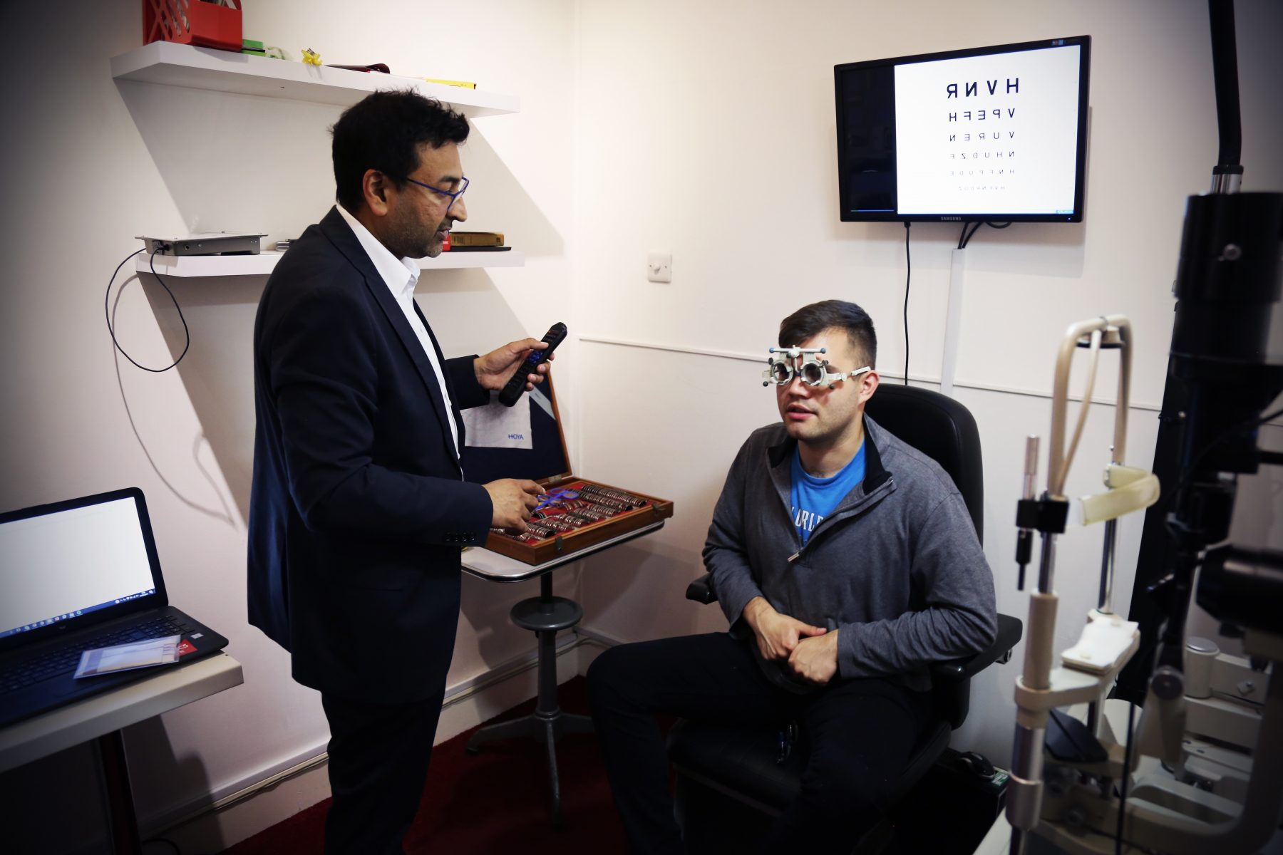 opticians finchley
